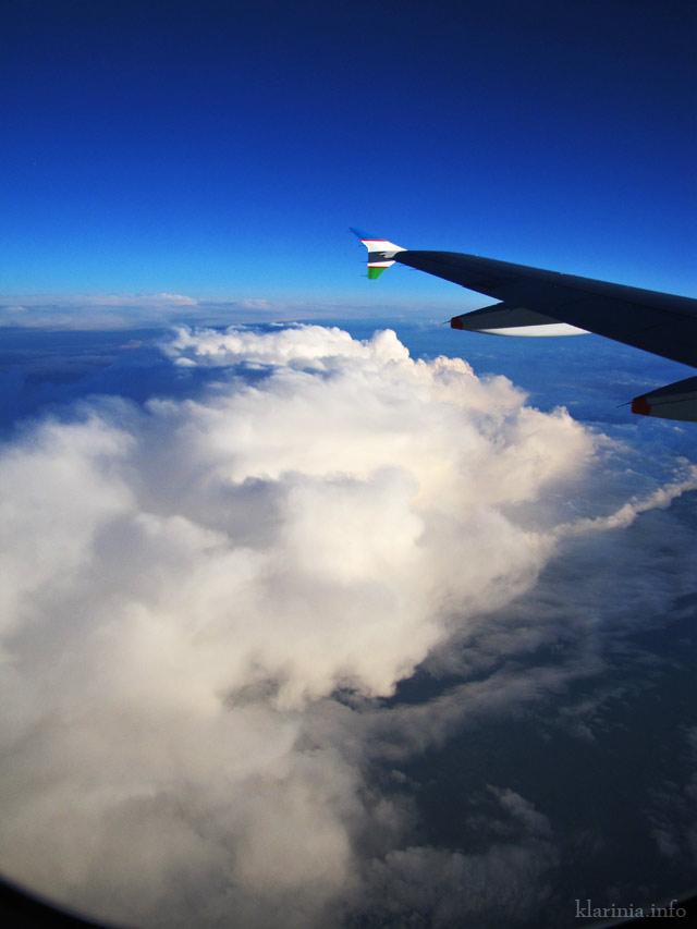 Небо море облака самолет