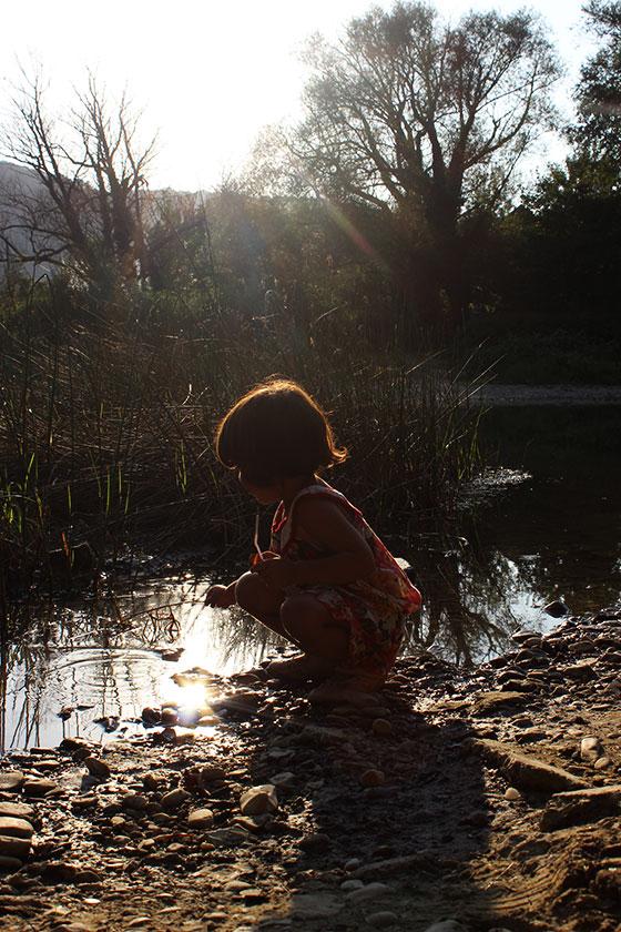 Соня у реки